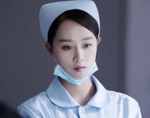 护士系列����_外科风云带火了系列护士服定制 女明星们纷纷表示不服
